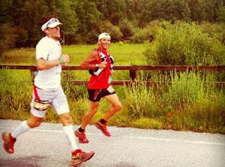 Ryan Sandes at Leadville with his pacer Adam Chase (photo from GoTrail)