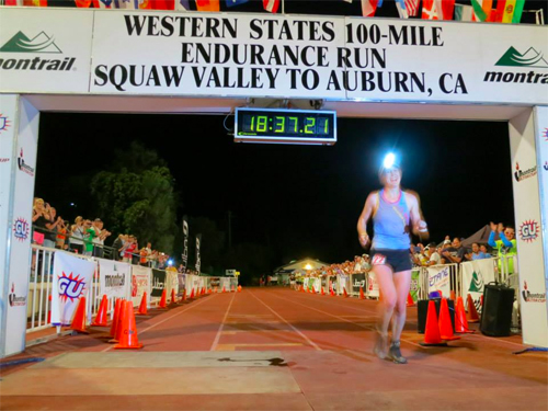Pam winning WSER100 last year (Photo Credit - Gear Junkie)